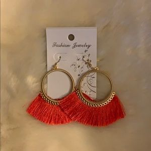 Jewelry - 🔥NWT🔥 Boutique Fringe Hoop Earrings, Tangerine